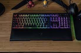 Razer Ornata Chroma Gaming Keyboard Image 2